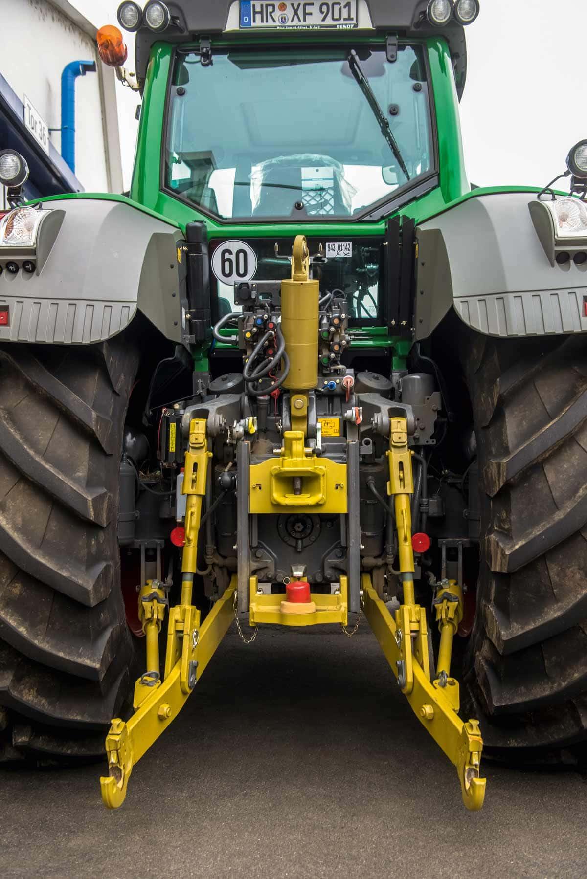 Mit der Anhängetechnik von Cramer wird Walterscheid zum Full-Liner für das Traktorheck.